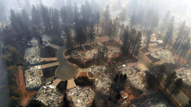 http://www.trbimg.com/img-5bee39f5/turbine/la-me-paradise-fire-gallery-025/800/800x450
