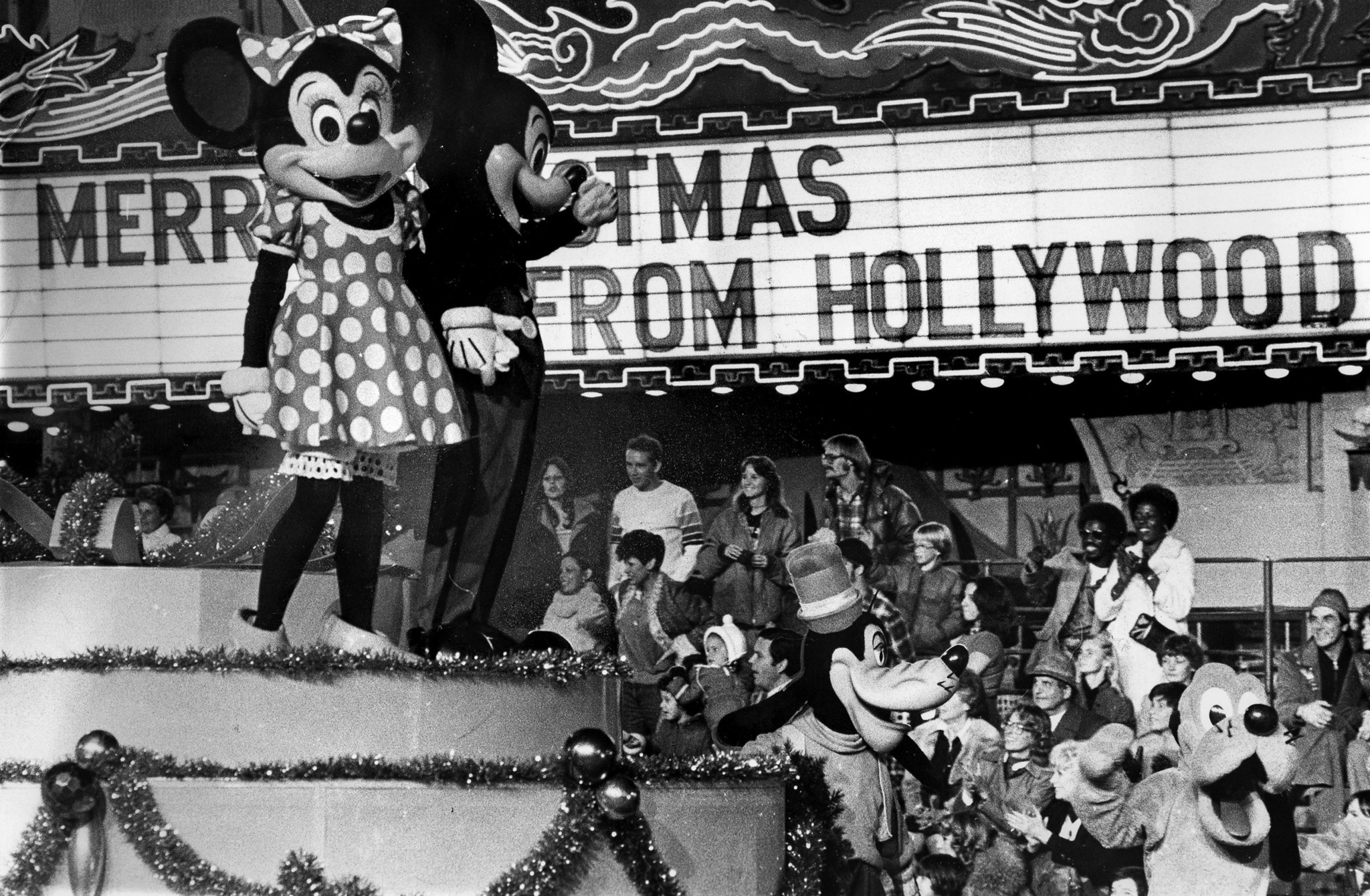 Nov. 26, 1978: Mickey and Minnie Mouse proved big hits as 300,000 viewed the Hollywood Christmas Par