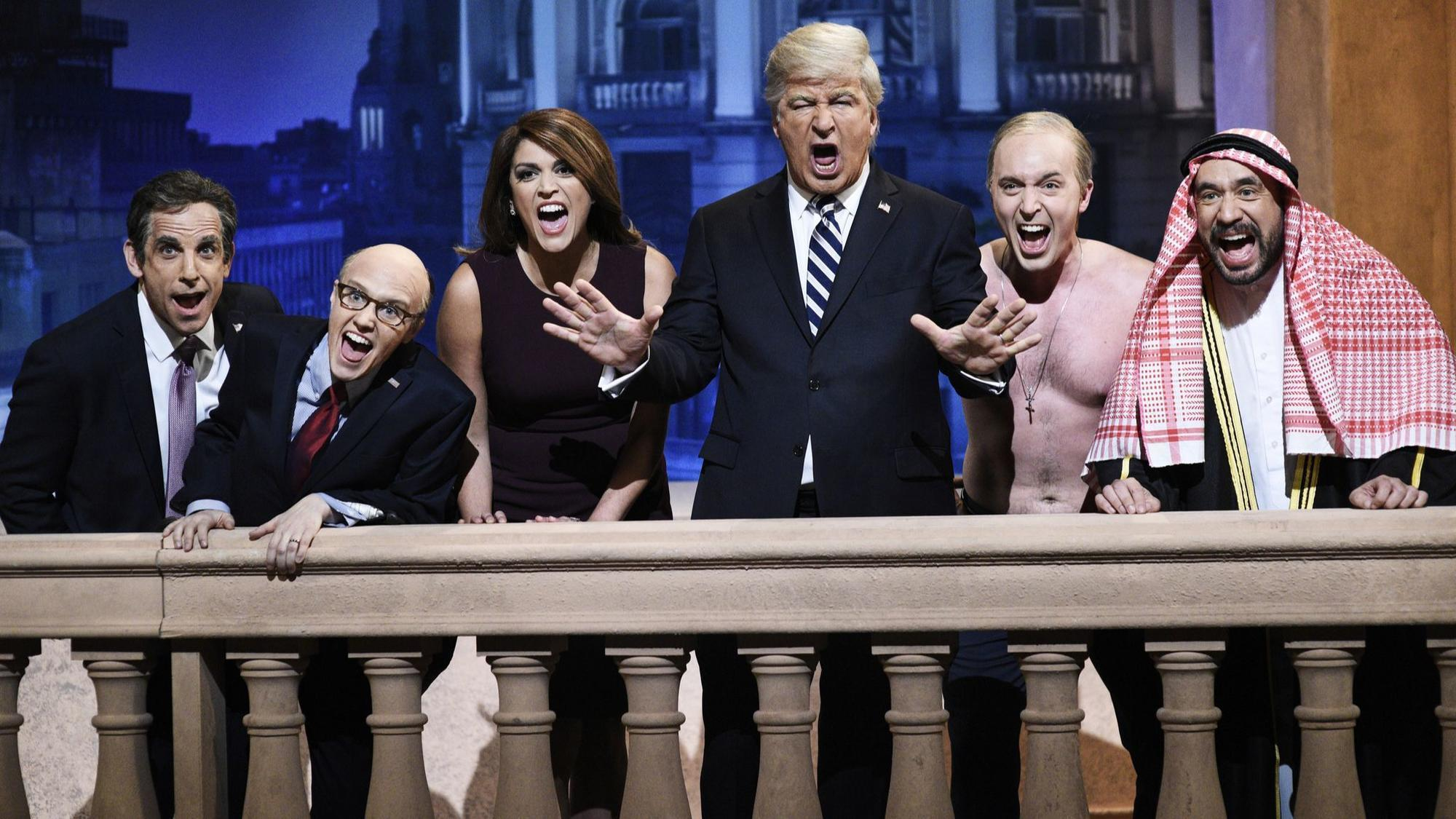 Christmas Miracle Snl.Snl Mocks Trump Applauds Bush Orlando Sentinel
