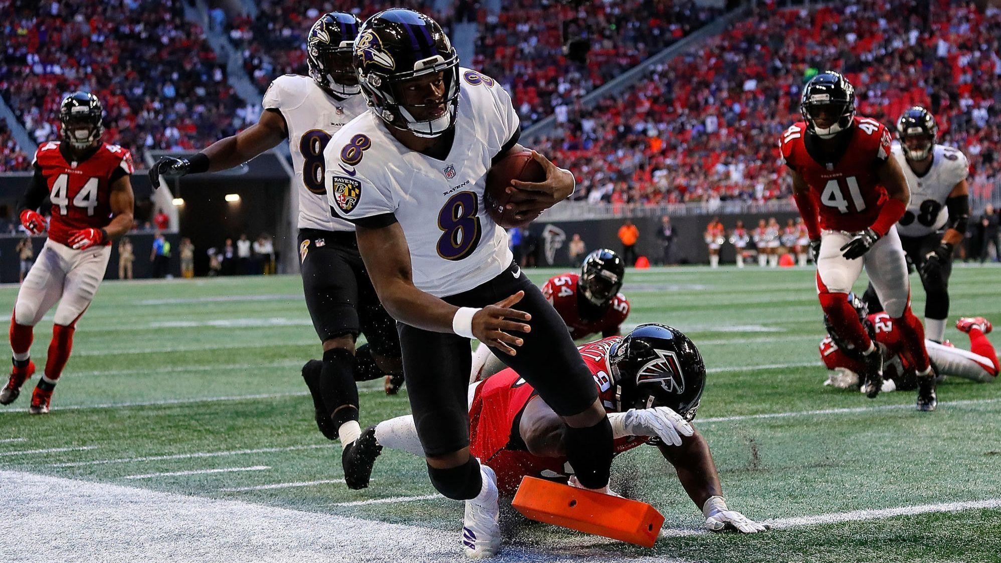 b7bba672fe7 Instant analysis: With Lamar Jackson in and out, defense leads Ravens'  26-16 win over Falcons