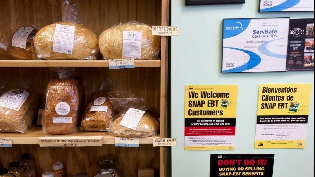Census: More workers on food stamps despite rise in median income
