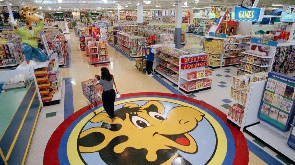 a2a3db02ae7d Former Toys R Us buildings to reopen as new stores in South Florida - Sun  Sentinel