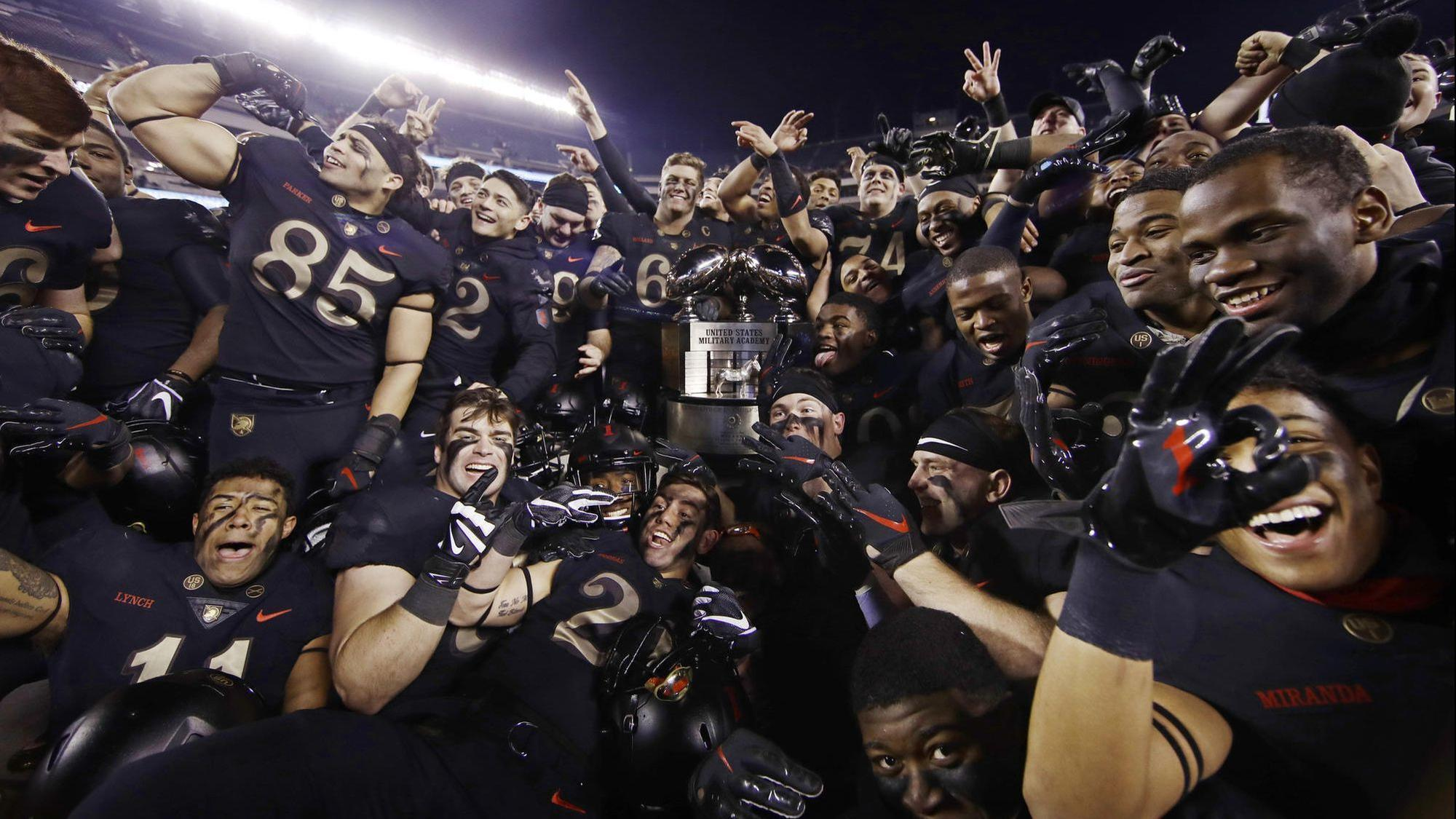 Ct-spt-army-navy-football-20181208