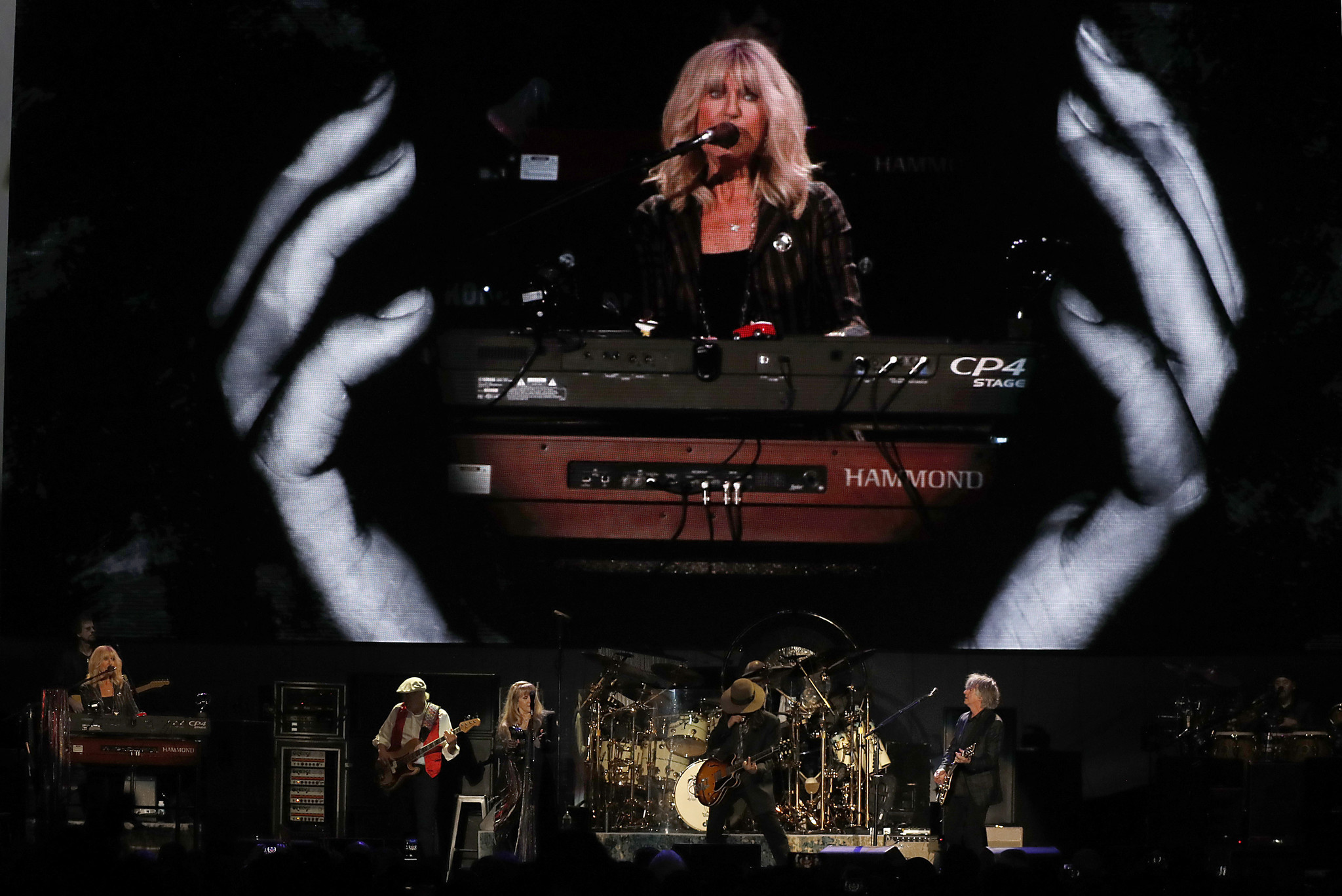 Review: Thinking through Fleetwood Mac's tour without Lindsey