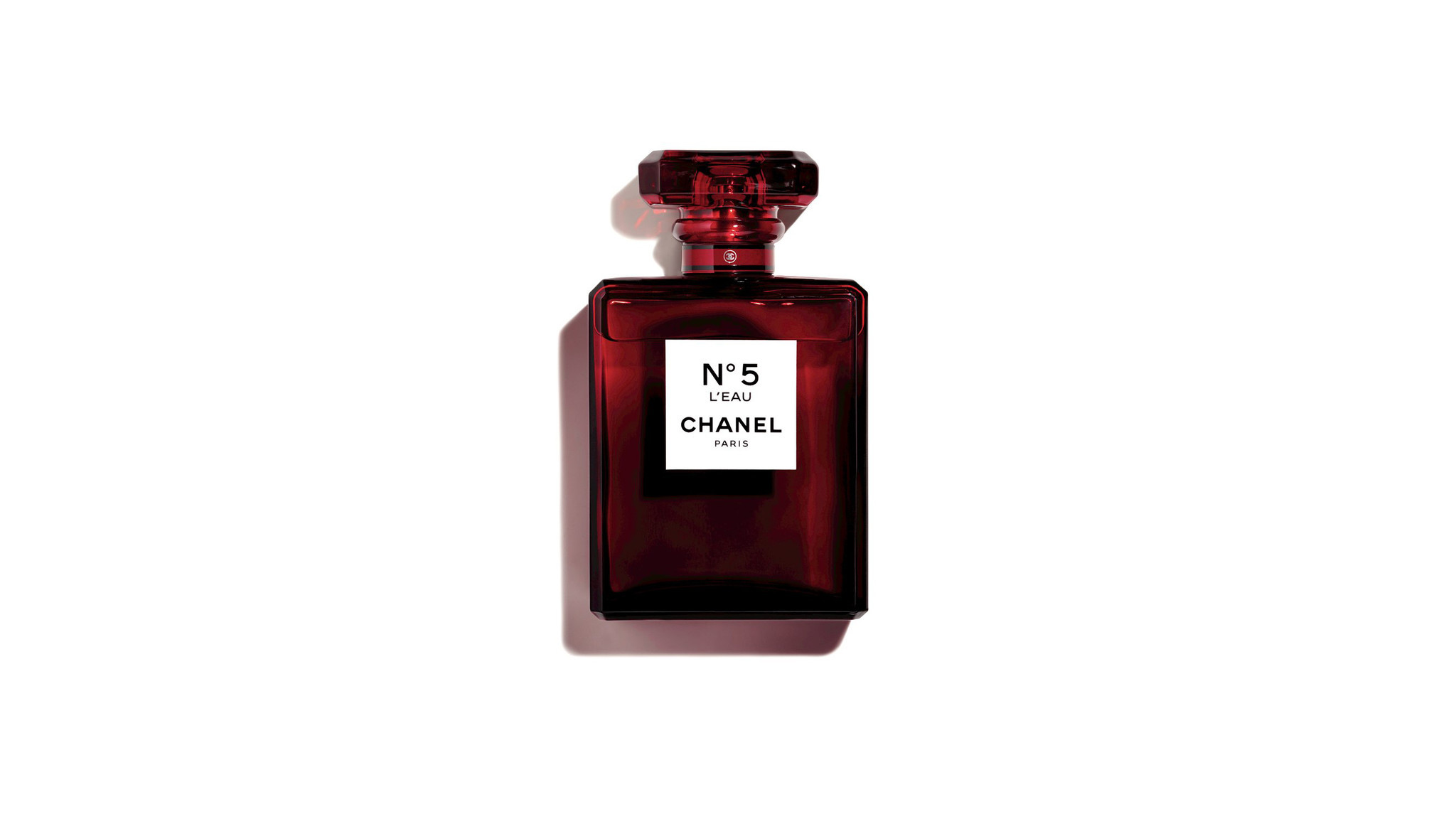 Chanel No.5 L?Eau eau de toilette with notes of rose, jasmine, ylang-ylang, citrus and musk in a lim