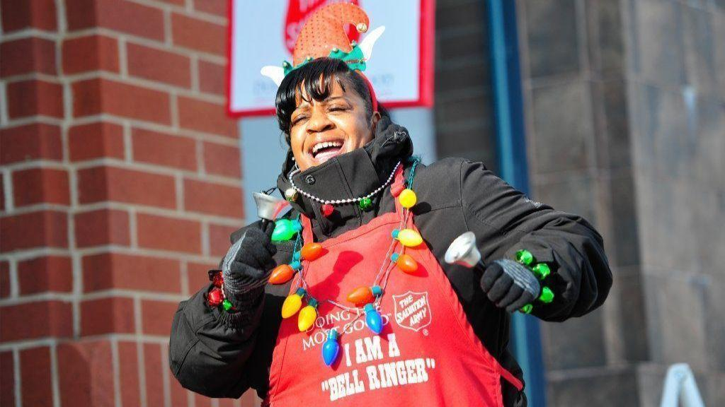 0b39338cc48 Salvation Army s top Southland bell-ringer brings spirit of Christmas to  Homer Glen - Daily Southtown