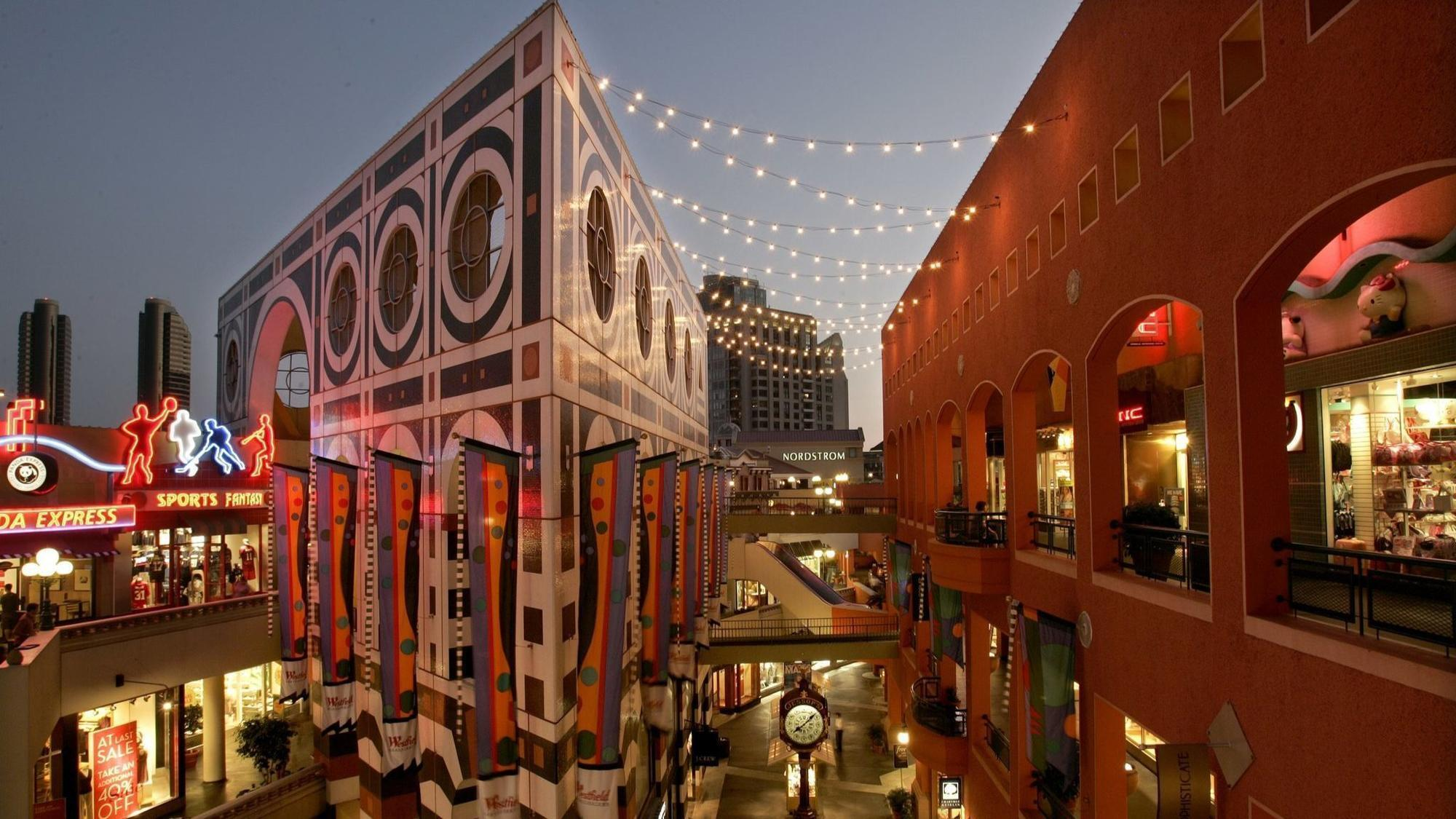 Horton Plaza - image link to source article