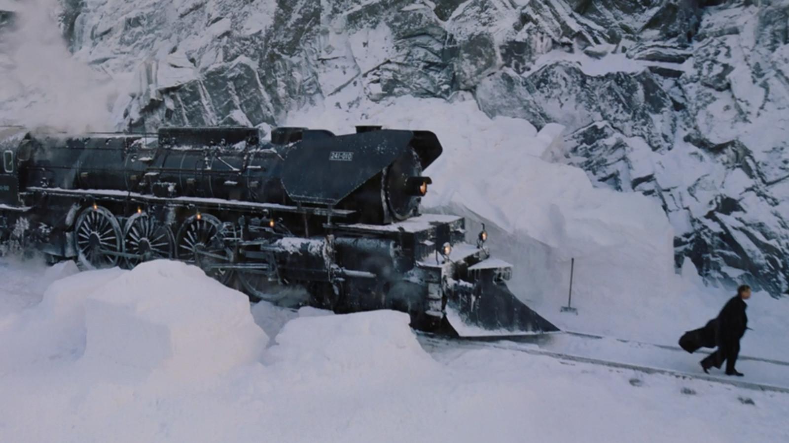Murder On The Orient Express Trailer Capital Gazette