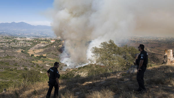 Laguna Beach fire downgraded to 120 acres; mandatory evacuations lifted