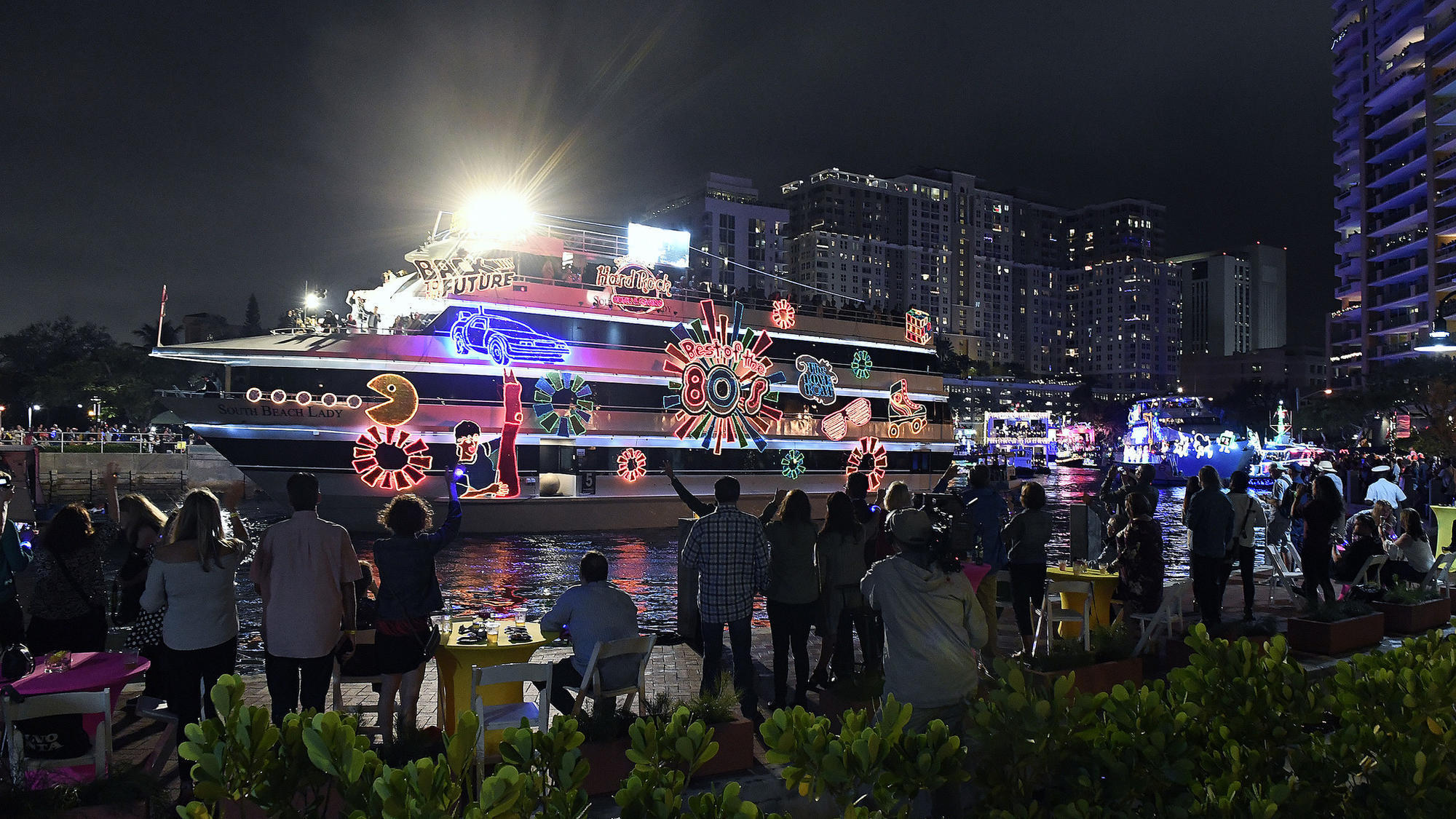 Merry And Bright South Florida S Boat Parades Light Up