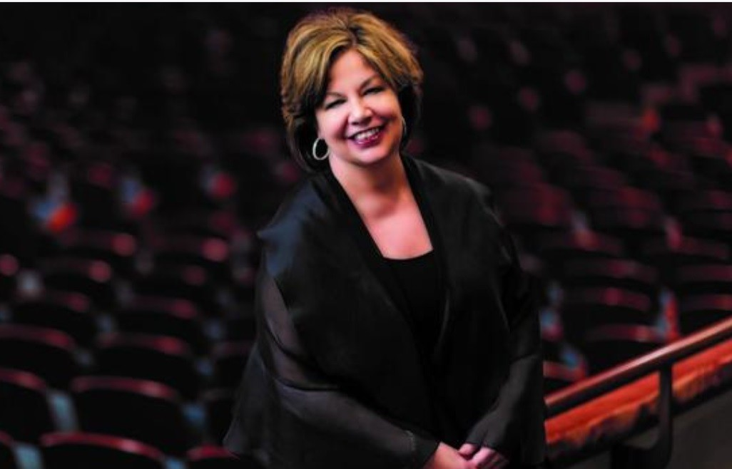 Susan T. Danis changes her mind about becoming president/CEO of the La Jolla Music Society mere weeks before assuming the job.