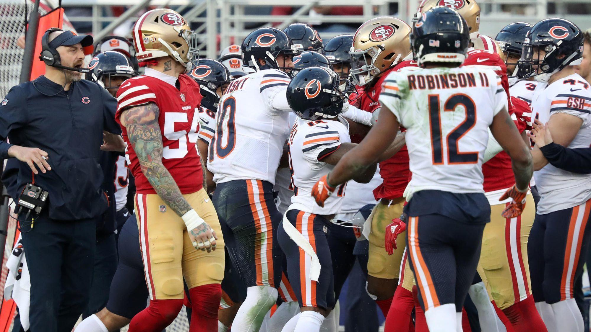 Anthony Miller and the Bears explain why a late hit started fight with 49ers  - Chicago Tribune 196ade522