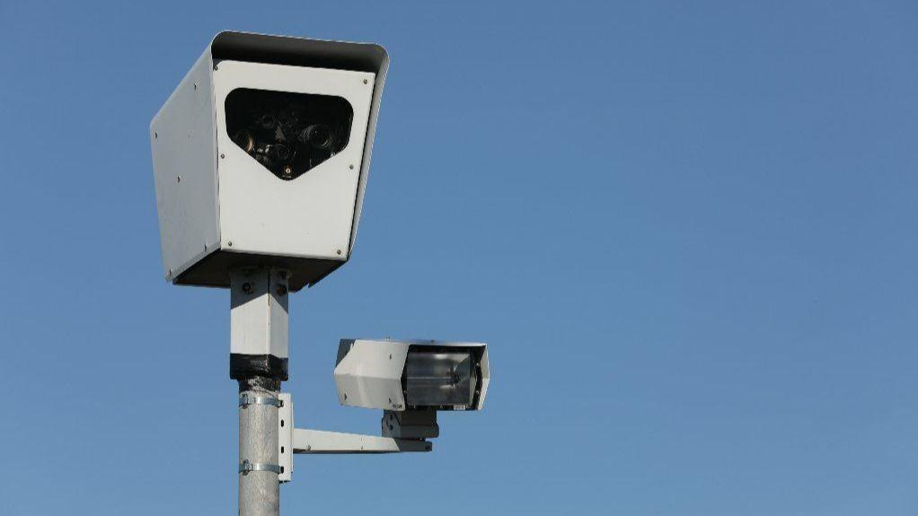 Talk of the County: More red-light cameras in Waukegan? HOTnews