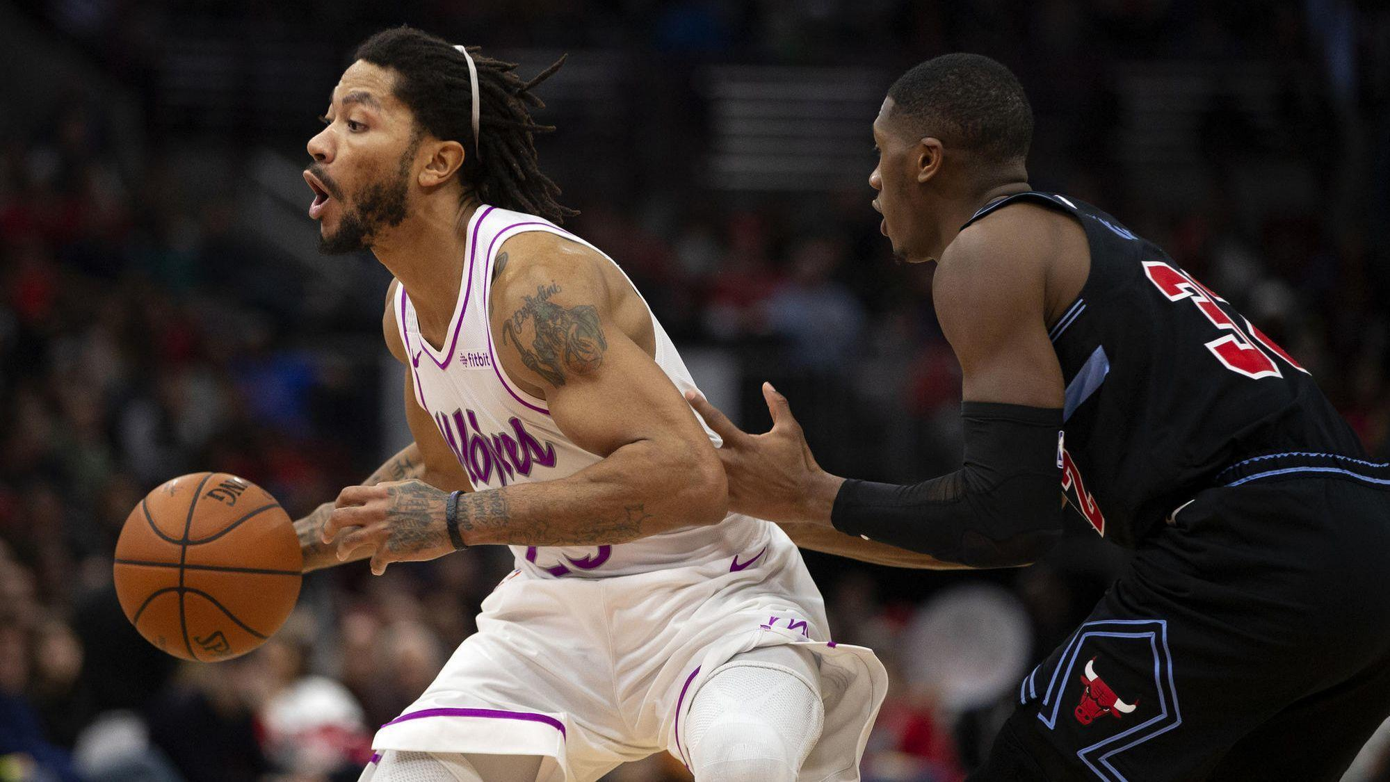 b7b3580e84ac Derrick Rose thrills his hometown crowd while leading the Timberwolves past the  Bulls 119-94 - Chicago Tribune