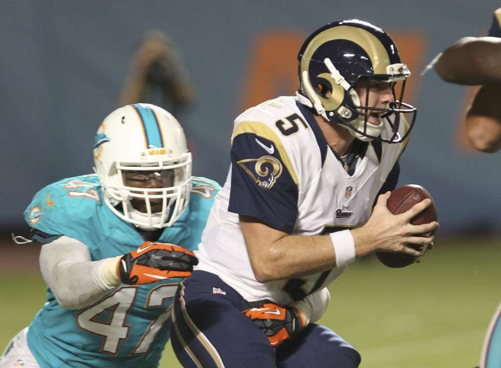 Before First Game With Orlando Apollos Garrett Gilbert Signs With Carolina Panthers Orlando