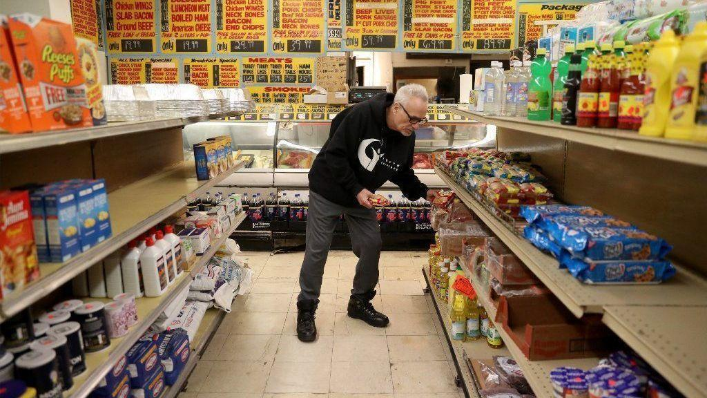 Food Stamps Funded Through February Despite Shutdown But Early Issuance Has Retailers Bracing For Mass Confusion