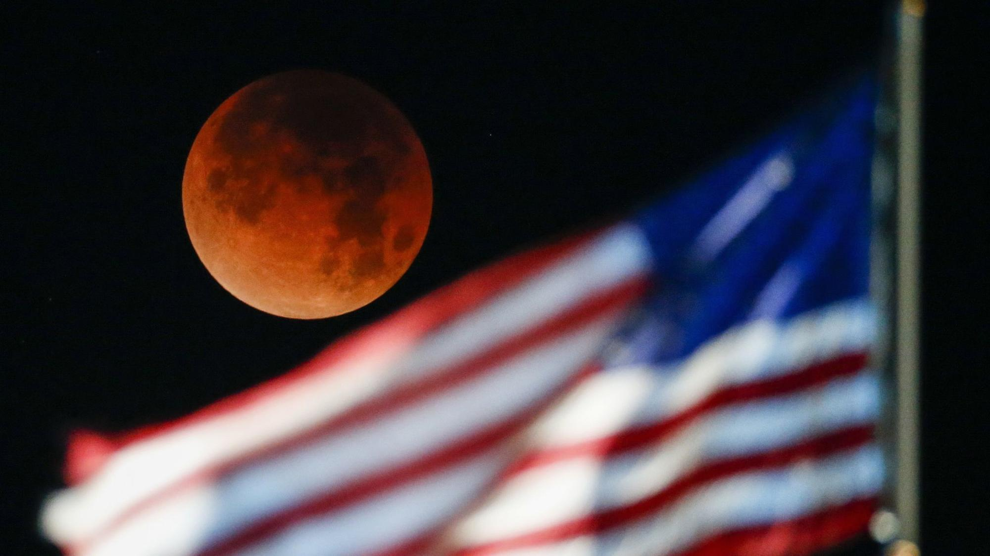 For The Super Blood Wolf Moon Lunar Eclipse Here S How To Take