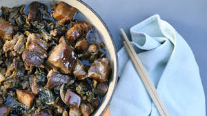 Hong Shao Rou: Red-cooked pork belly