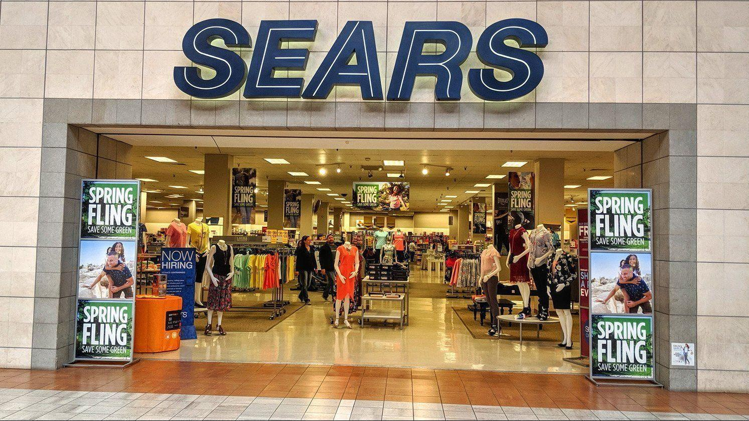 ba1f05aa59a Sears bankruptcy watch  A showdown in court focuses on lost jobs. Sears  store
