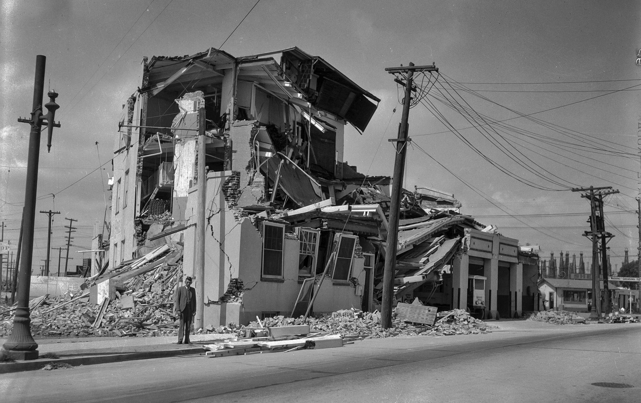 Building destroyed by the March 10, 1933, Long Beach Earthquake. No other information currently avai