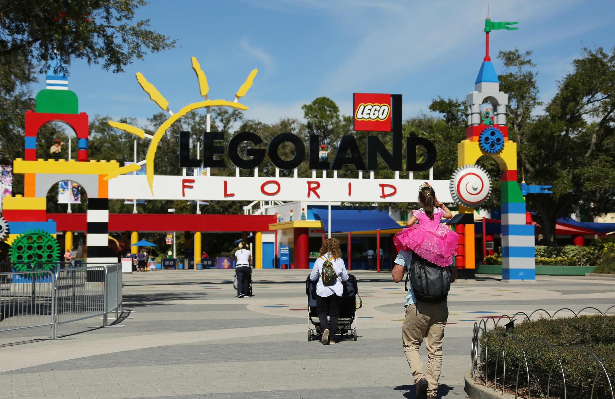 Legoland Florida Resorts Vip Tours Are Built For Families Orlando Sentinel