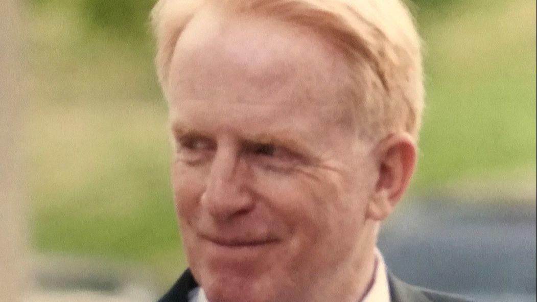 David B. McDonald, pharmaceutical salesman and coin dealer, dies