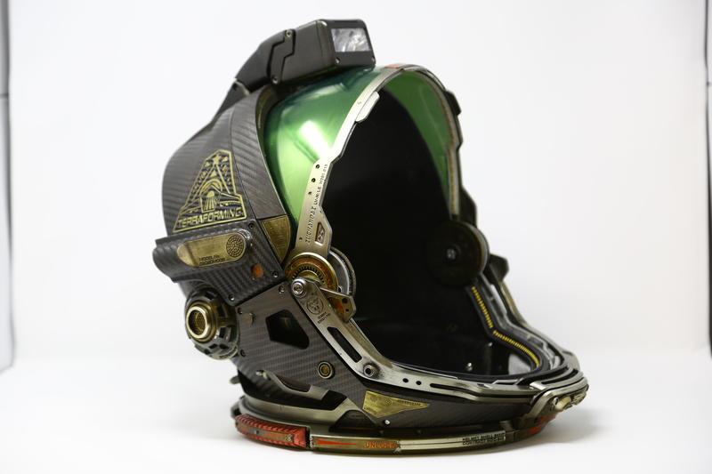 'Alien: Covenant' helmet