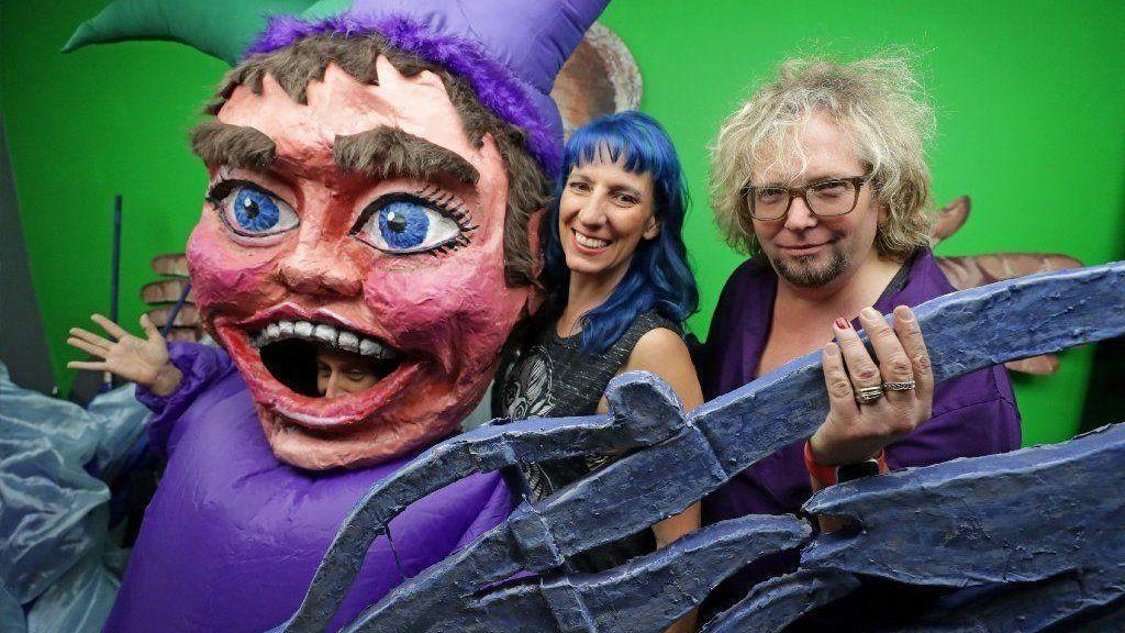 At this weekend's Fort Lauderdale Mardi Gras bash, Jim Hammond's puppets salute New Orleans history