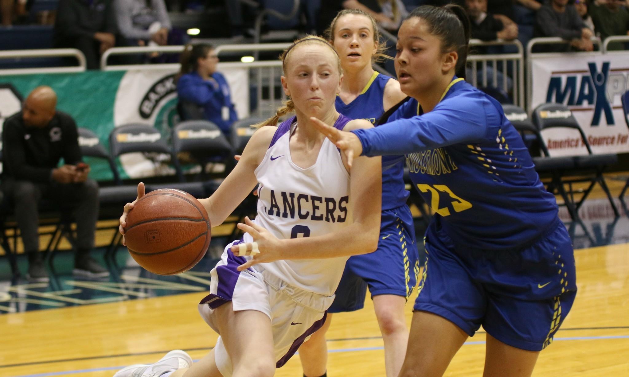 Freshman Alexa Mikeska led the Lancers with 20 pts.