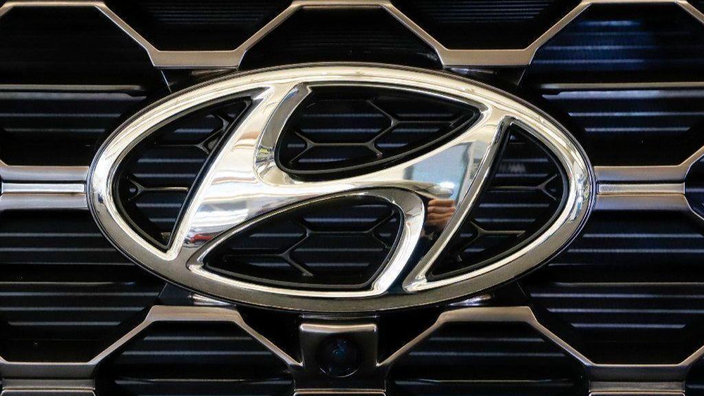 Hyundai Kia Recalling More Than 500 000 Suvs As Fire Risk