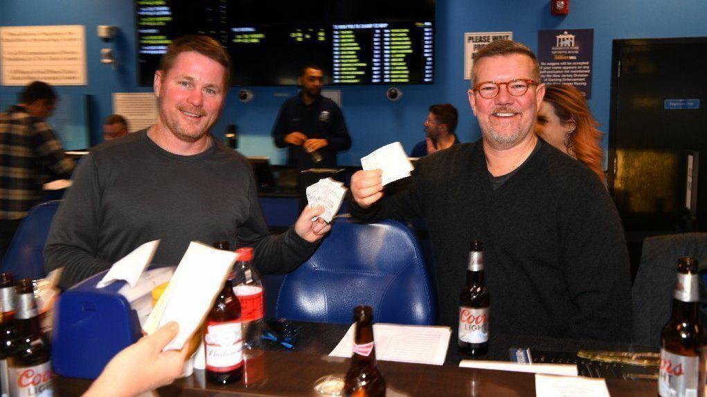 Illinois sports betting update 6kx8 betting line