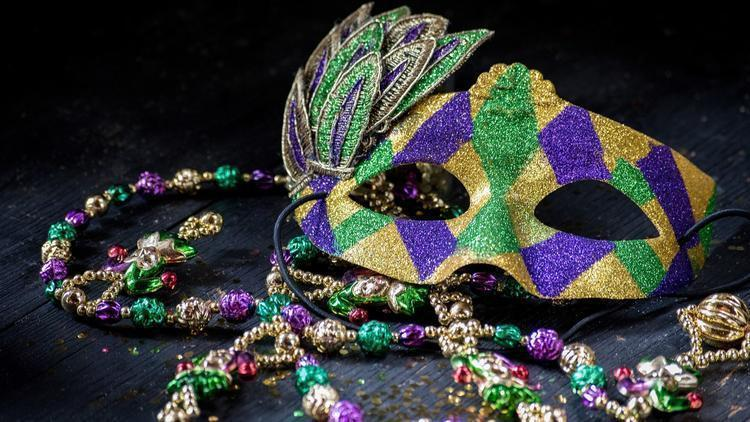 food-music-and-plenty-of-beads-make-their-way-into-san-diego-for-fat-tuesday-pacific-san-diego