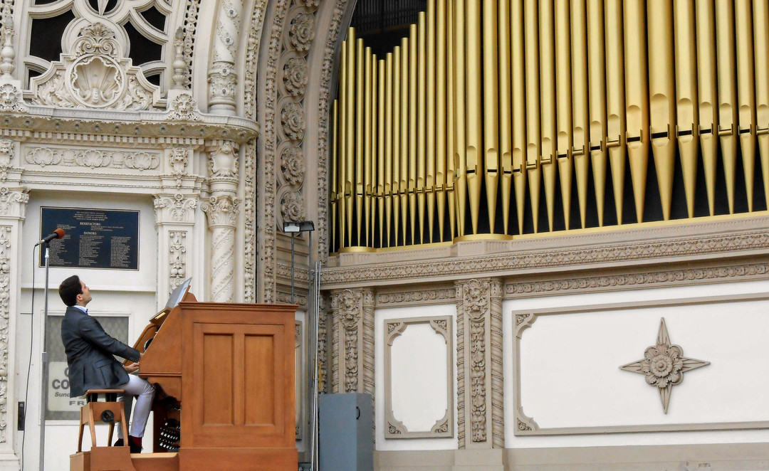 SAN DIEGO, CA-- Ra?l Prieto Ram?rez, San Diego?s civic organist, usually performs at 2 p.m. Sundays