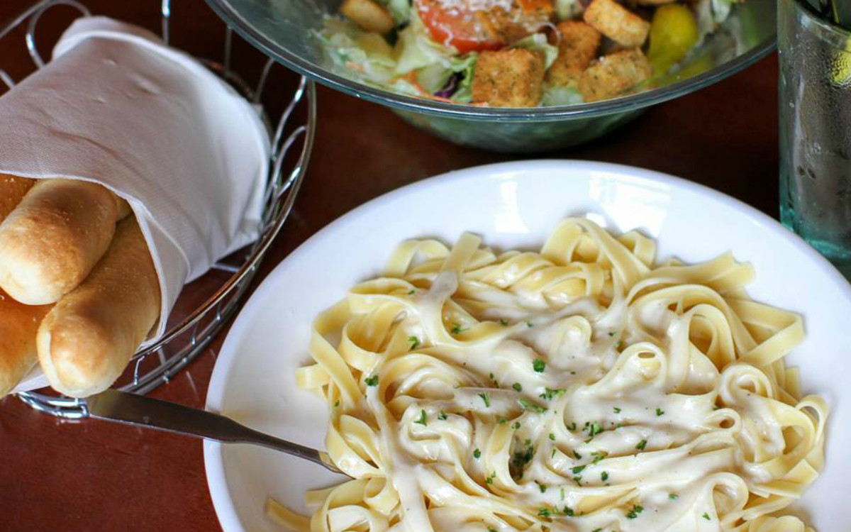 Olive garden now has early bird dinner specials sun sentinel - What are the specials at olive garden ...