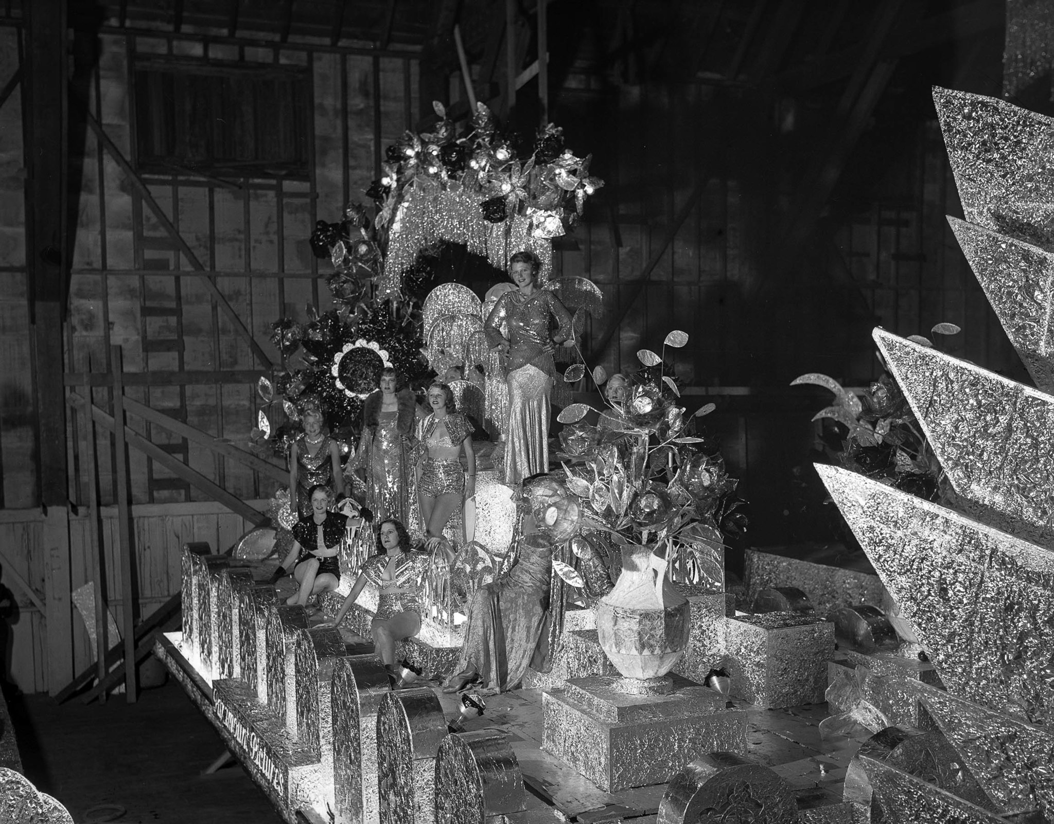 "Sep. 24, 1932: ""Fountain of Beauty"" float from First National Pictures at the Electrical Parade and"