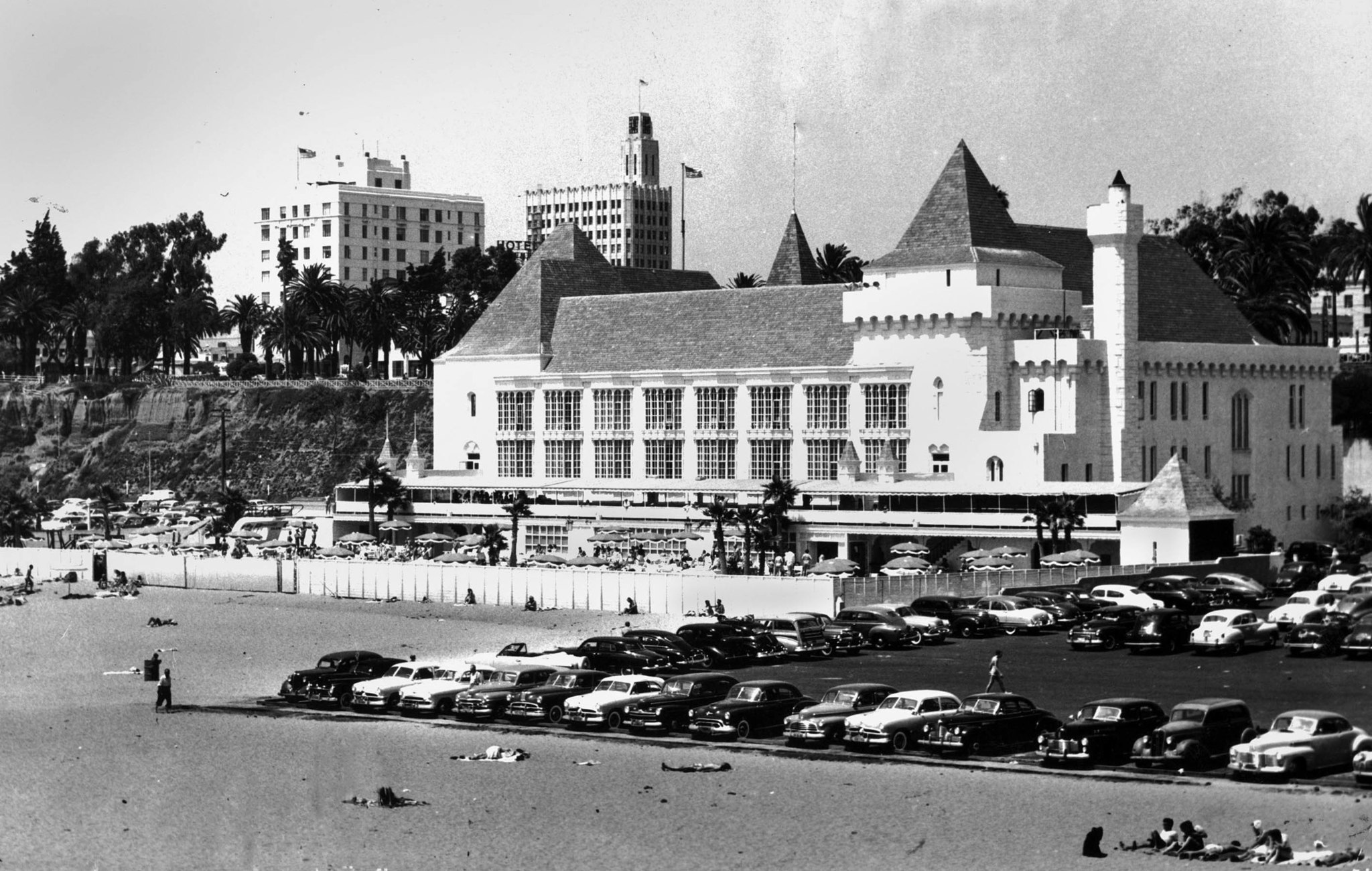 1951 photo of the Deauville Club at Santa Monica. Photo published in the April 22, 1951 Los Angeles