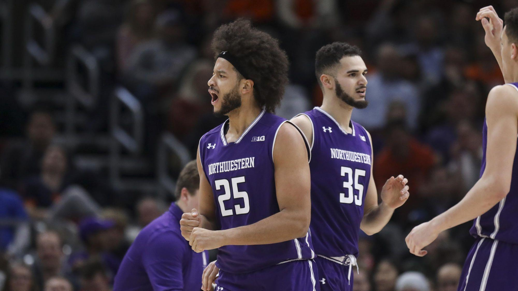 Barret Benson announces he will transfer from Northwestern
