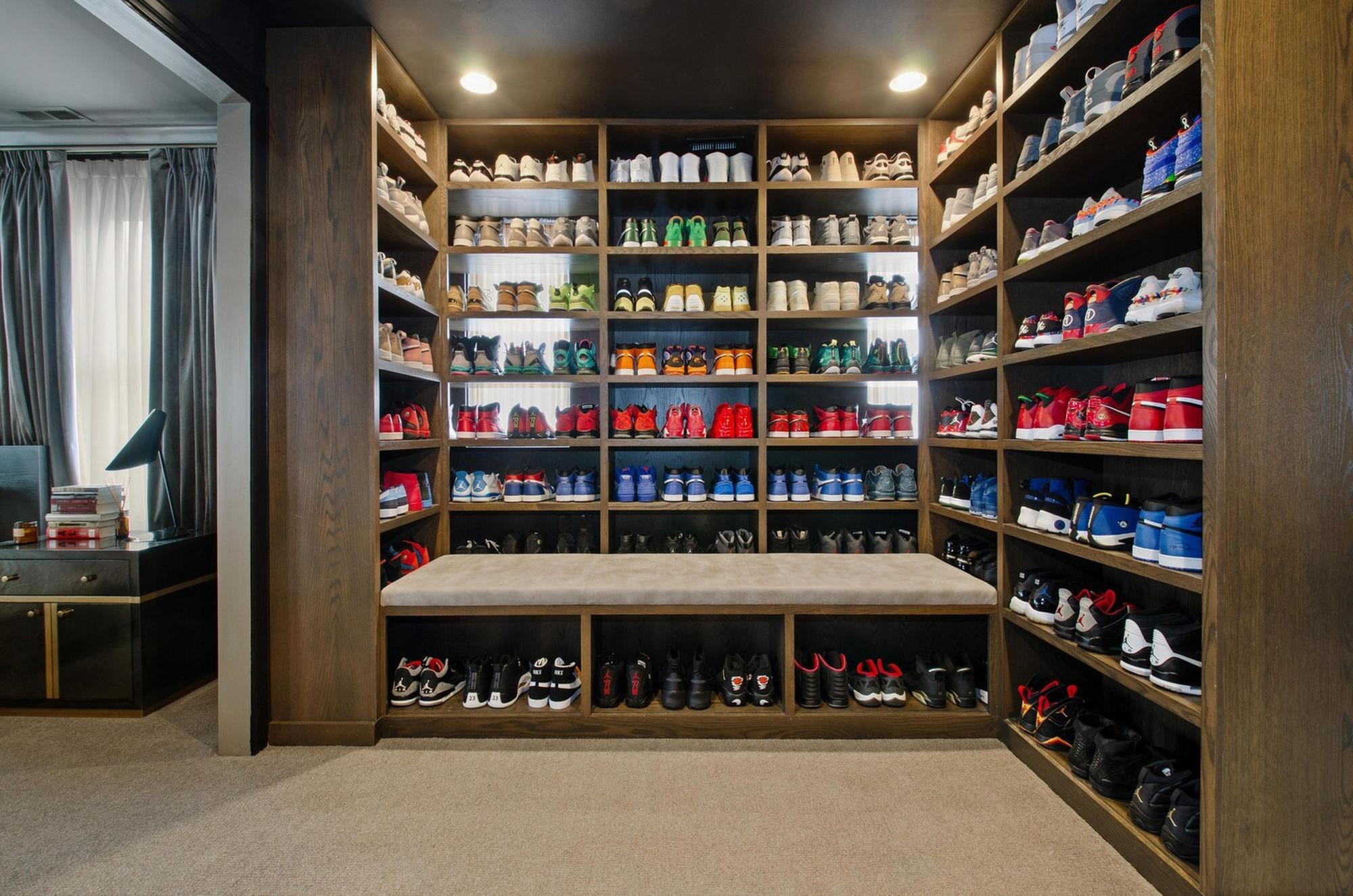 48fb81e35609 With closet full of Air Jordans