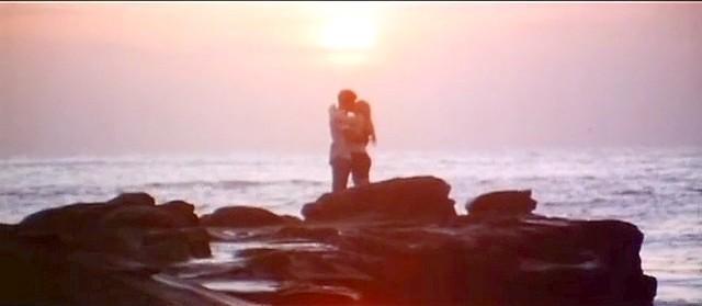 Geoff Gage and Andrea Cagan fall in love in La Jolla Cove.
