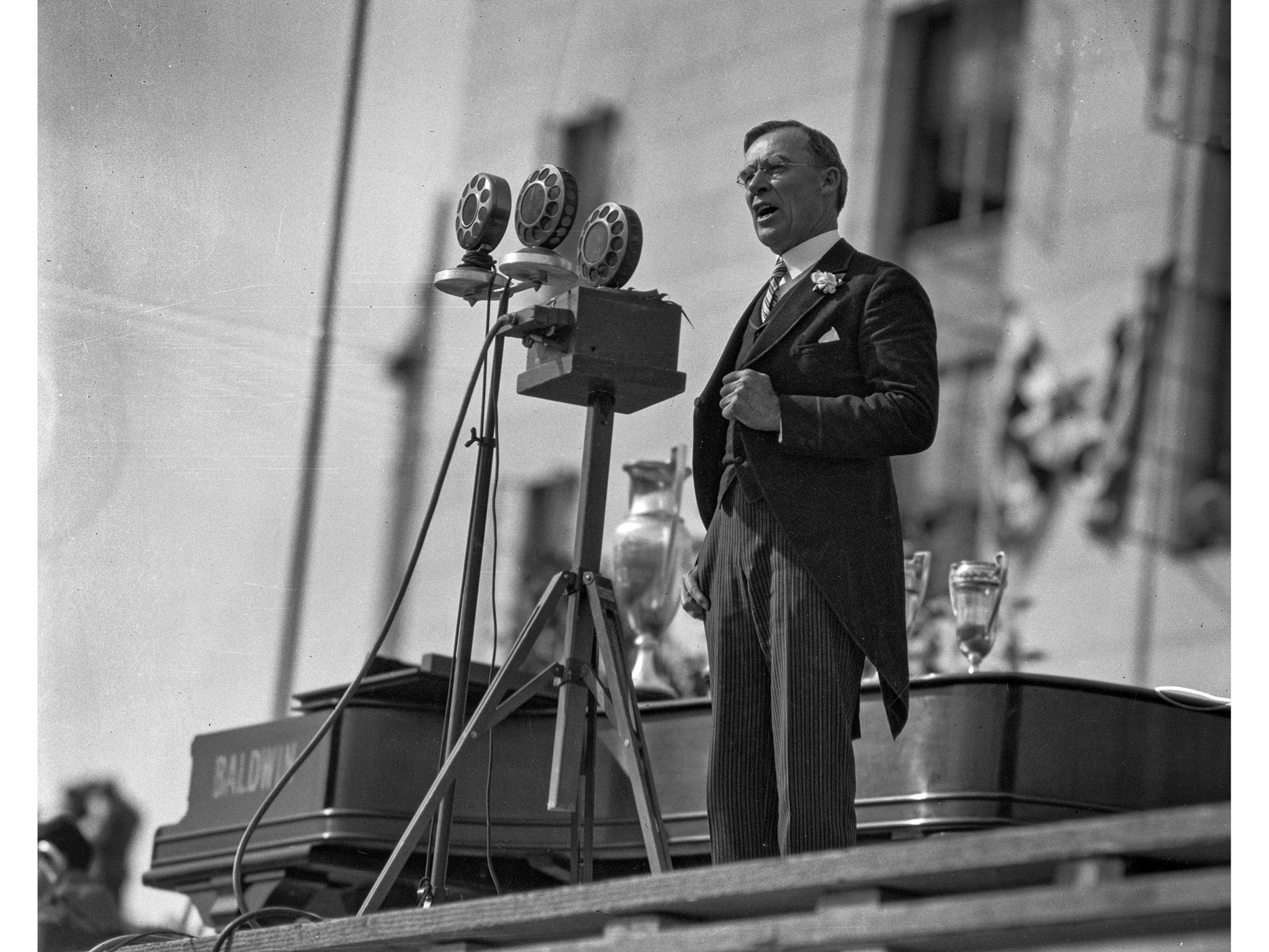 April 26, 1928: Mayor George E. Cryer gives a speech at dedication ceremonies for the new Los Angele