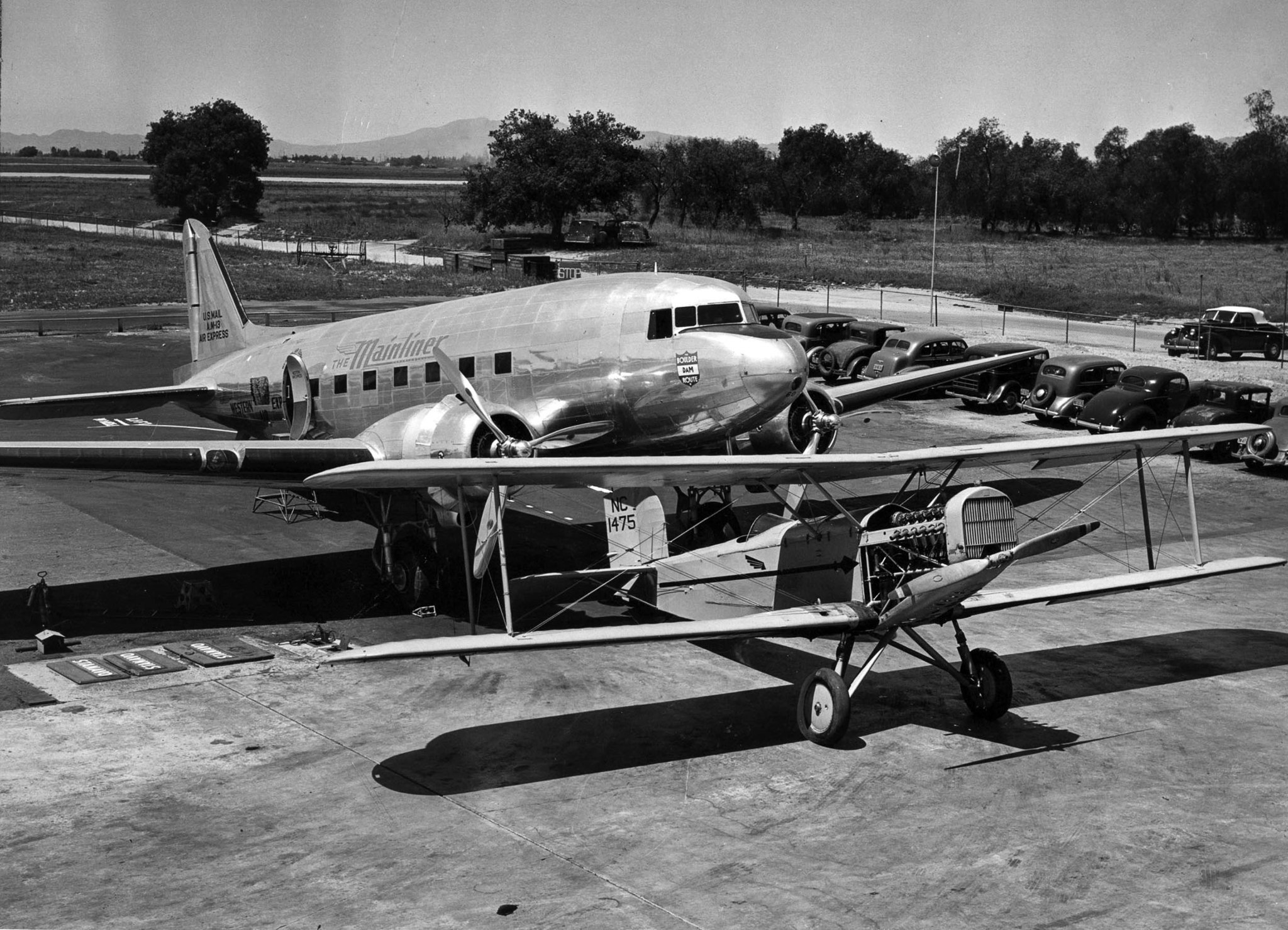 April 16, 1940: A Douglas M-2, first plane used by Western Air Express, and a Douglas DC-3, at Union