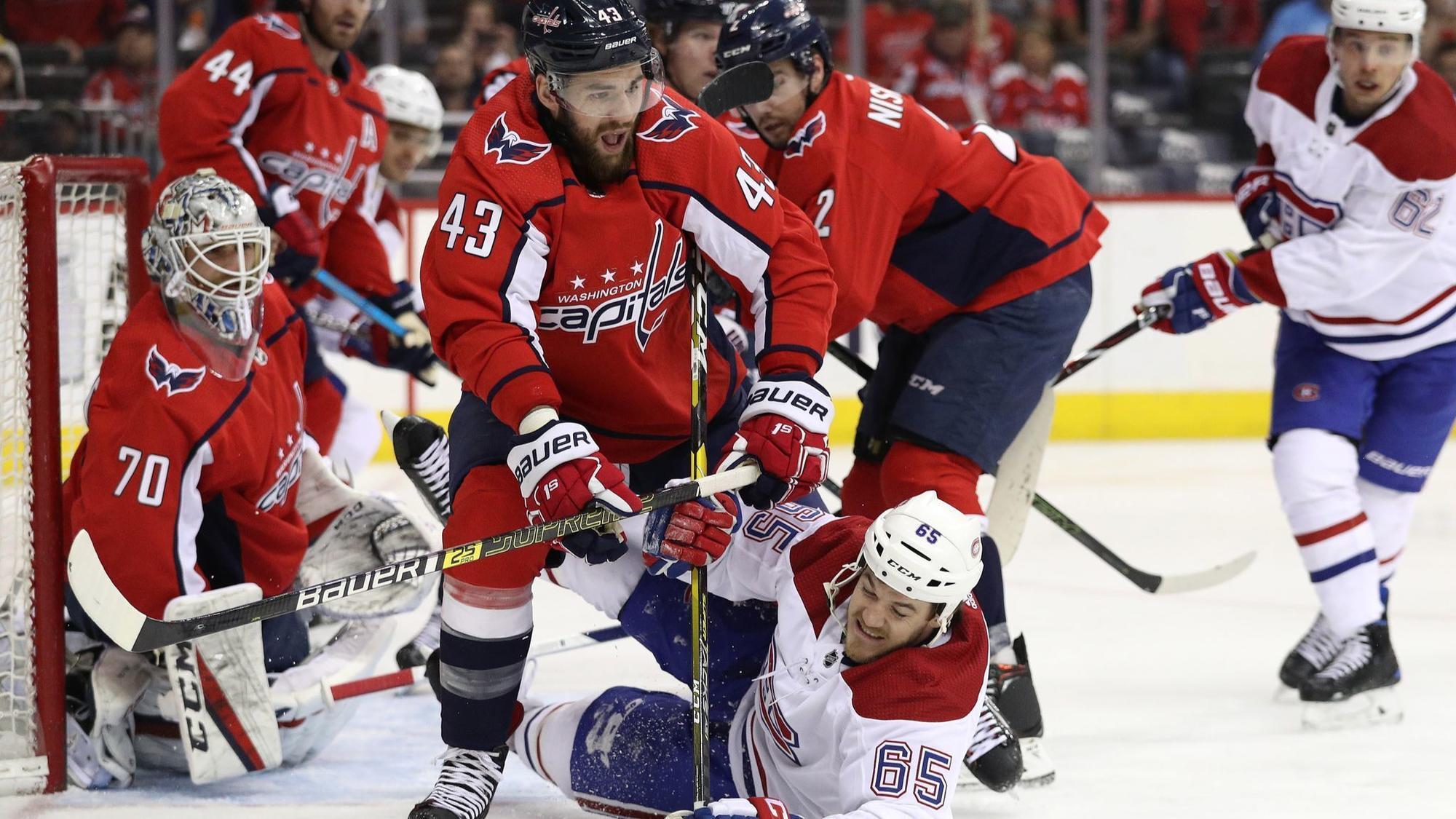 5fd621740b31e6 Capitals trip Canadiens, 2-1, claim fourth straight division title -  Baltimore Sun