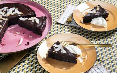 Momed's Flourless Chocolate Cake