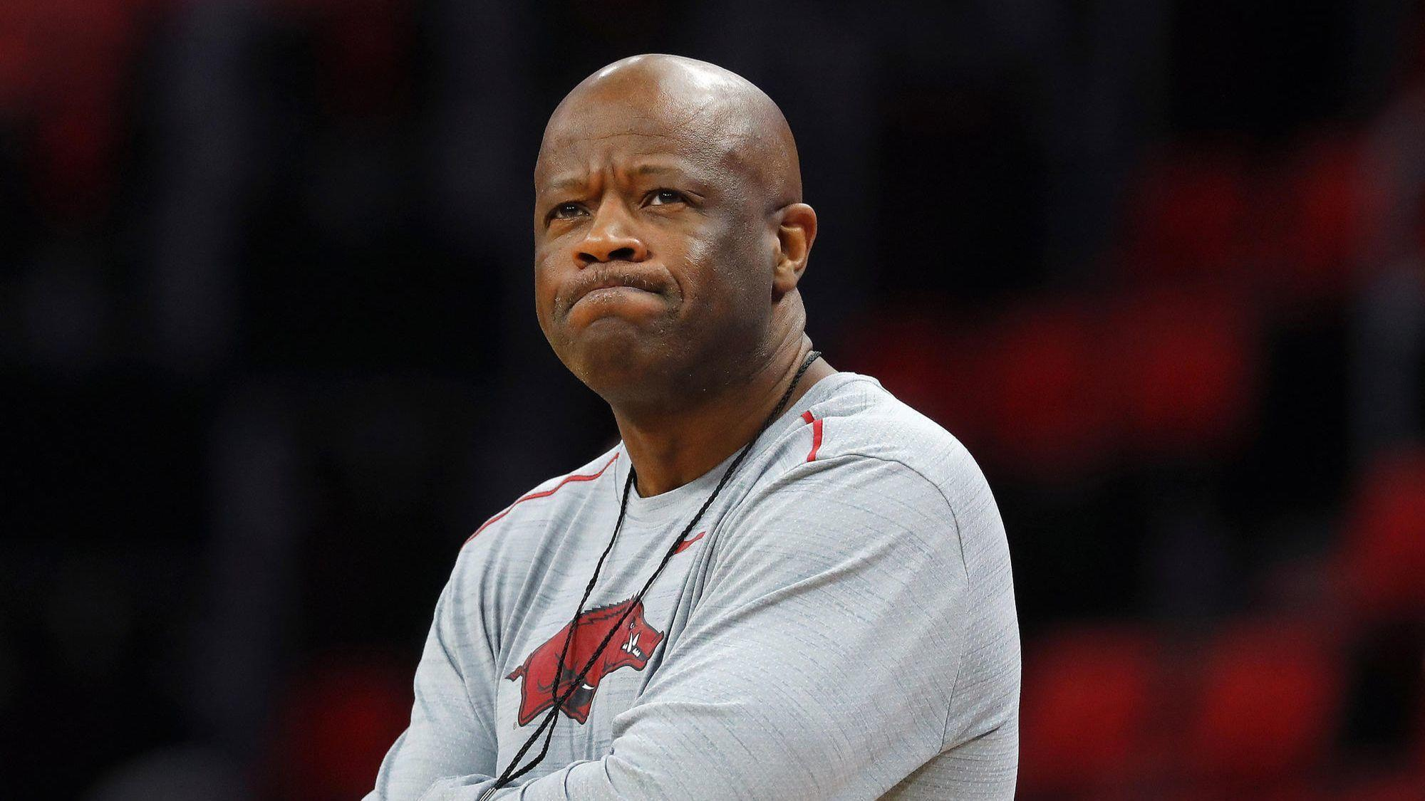 Turned down by Loyola's Porter Moser and others, St. John's hires Mike Anderson as coach