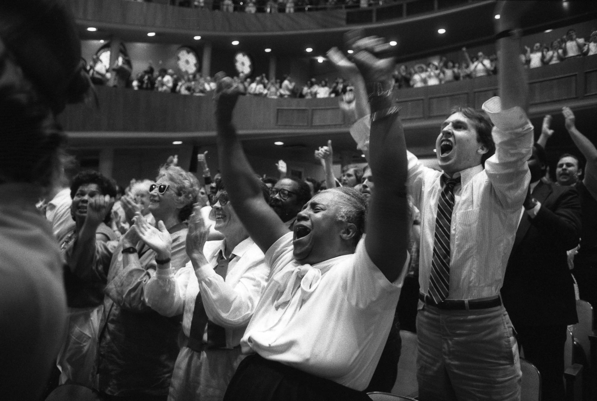 July 6, 1986: Church of the Open Door congregation in Los Angeles cheering Dr. Gene Scott. This ima