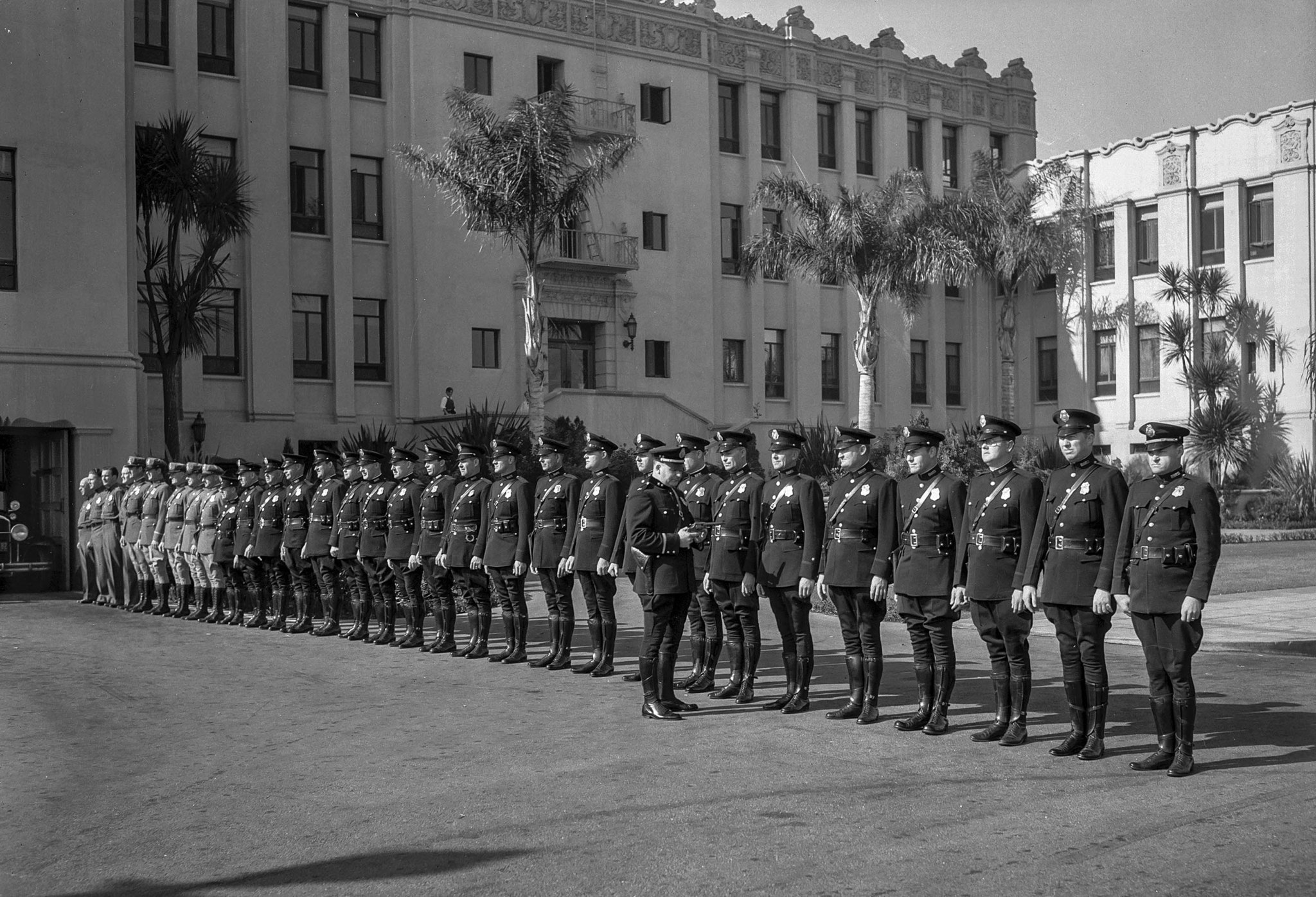 Nov. 5, 1932: Members of the Beverly Hills Police Dept. in courtyard of Beverly Hills City Hall, bei