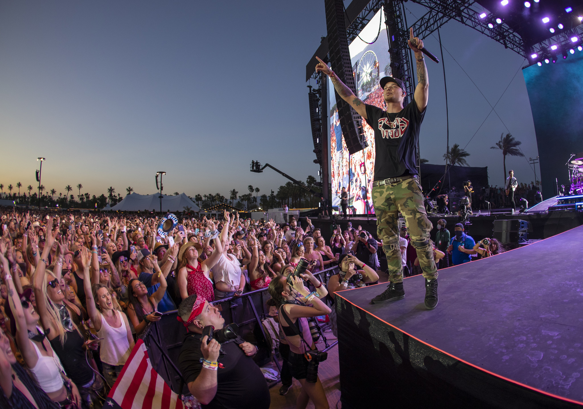 INDIO, CALIF. — FRIDAY, APRIL 26, 2019: The crowd sings along as Kane Brown performs on the Mane St