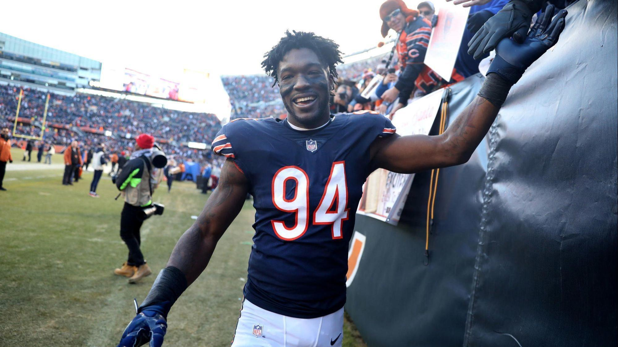 209f88cc4c9 Bears pick up the 5th-year option on Leonard Floyd's contract - Chicago  Tribune