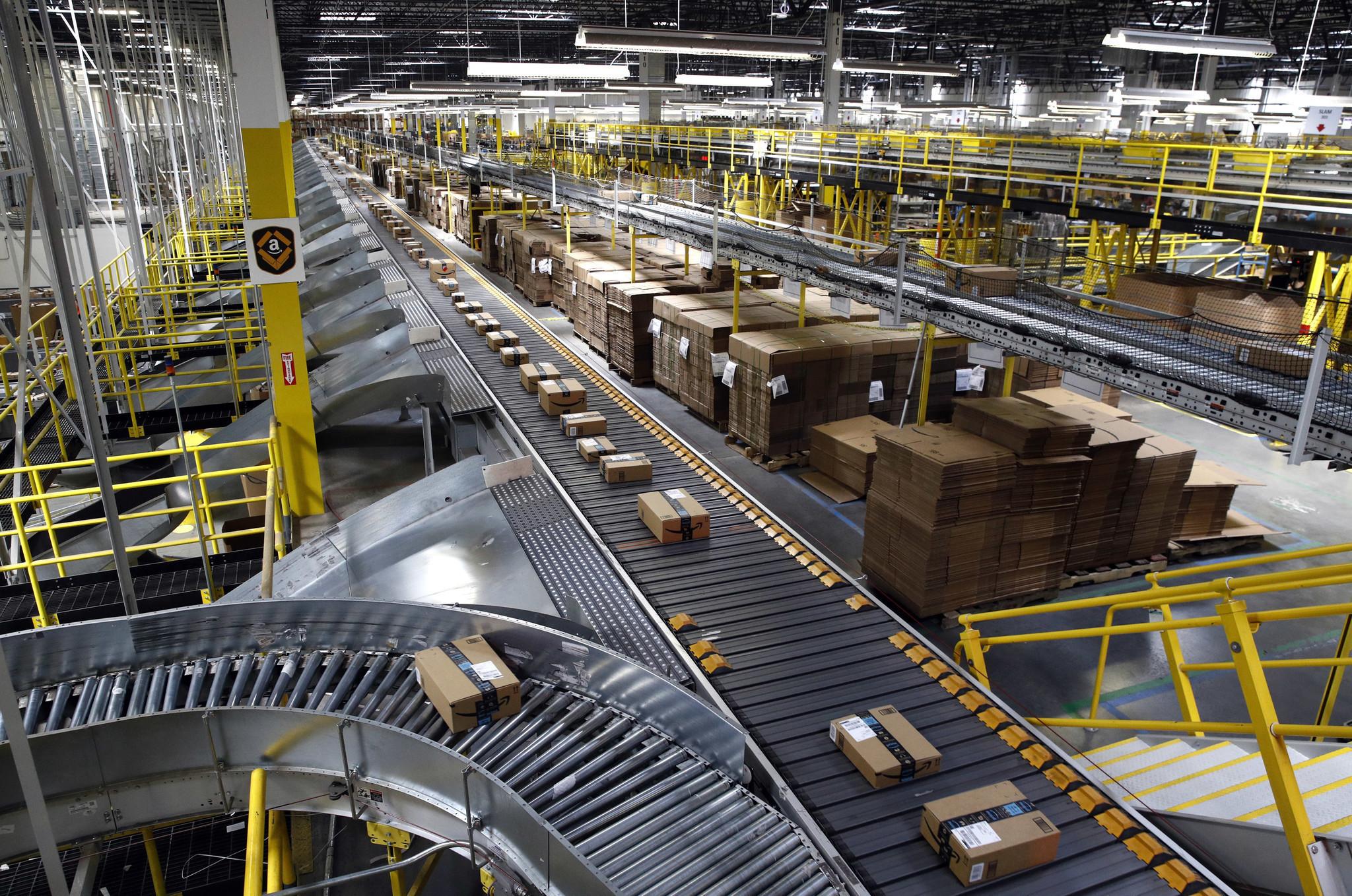 Amazon busca que trabajadores renuncien y sean empresarios