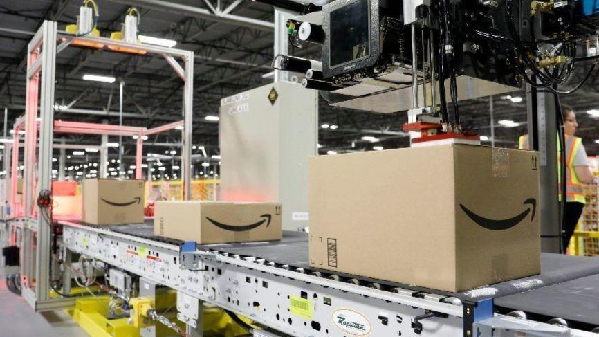 Amazon to pay $10,000 for workers to quit.